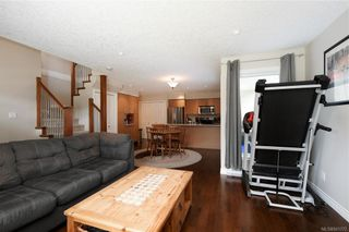 Photo 3: 102 2038 Gatewood Rd in Sooke: Sk Sooke Vill Core Row/Townhouse for sale : MLS®# 841372