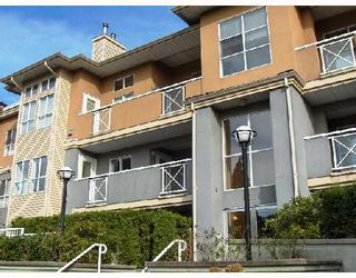 """Photo 1: 206 6676 NELSON Avenue in Burnaby: Metrotown Condo for sale in """"NELSON ON THE PARK"""" (Burnaby South)  : MLS®# V672969"""