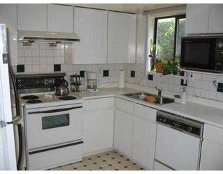 """Photo 3: 85 6880 LUCAS RD in Richmond: Woodwards Townhouse for sale in """"TIMBERWOOD"""" : MLS®# V545727"""