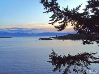 Photo 15: 409 630 Seaforth St in VICTORIA: VW Victoria West Condo for sale (Victoria West)  : MLS®# 533916