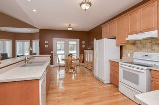 Photo 4: 13 Rayburn Meadows in East Garafraxa: Rural East Garafraxa House (Bungalow) for sale : MLS®# X4346741
