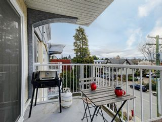 Photo 20: 401 1028 Balmoral Rd in Victoria: Vi Central Park Condo for sale : MLS®# 842610