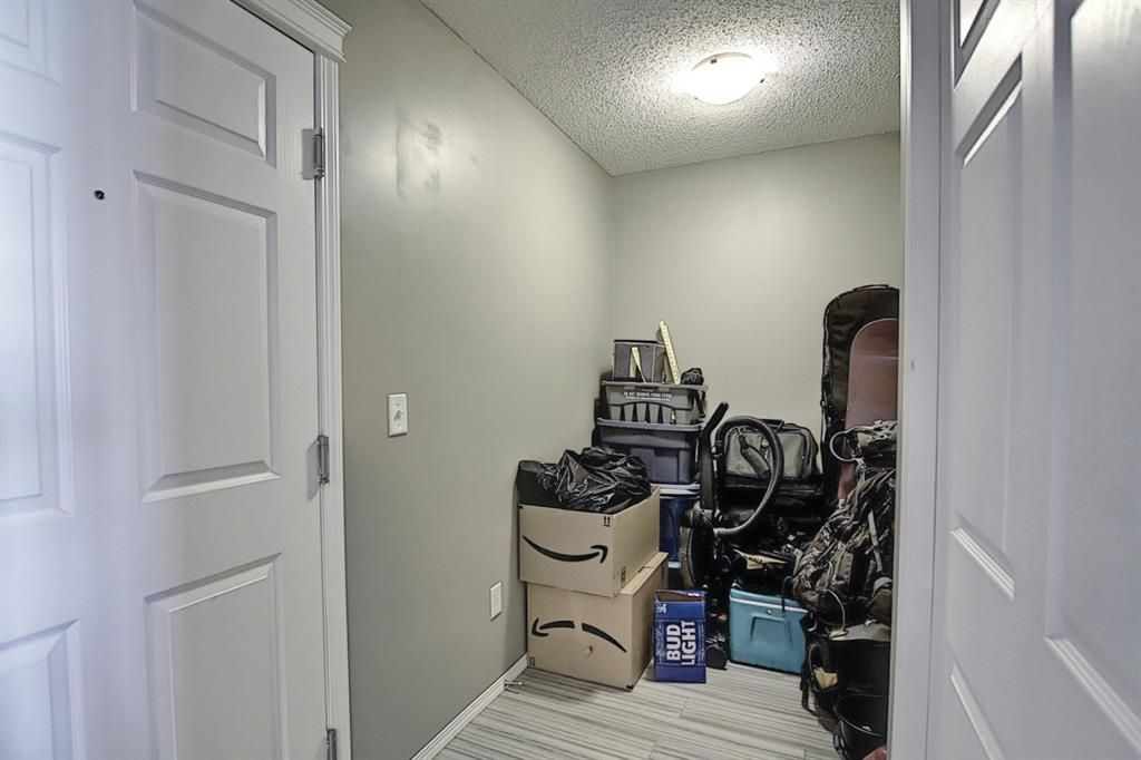 Photo 2: Photos: 2211 43 Country Village Lane NE in Calgary: Country Hills Village Apartment for sale : MLS®# A1085719