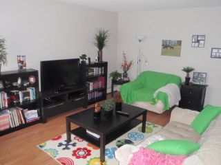 Photo 3: 8 414 41 Street: Edson Condo for sale : MLS®# 32560