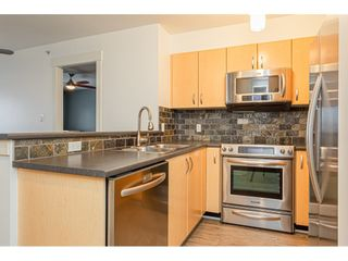"""Photo 3: 403 20750 DUNCAN Way in Langley: Langley City Condo for sale in """"Fairfield Lane"""" : MLS®# R2428188"""