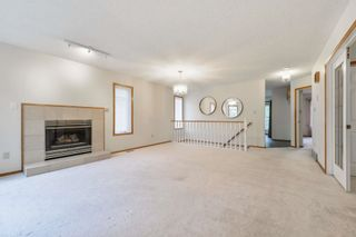 Photo 5: 22 EASTWOOD Place: St. Albert House for sale : MLS®# E4261487