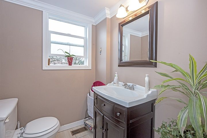 Photo 8: Photos: 686 LINTON Street in Coquitlam: Central Coquitlam House for sale : MLS®# R2047340