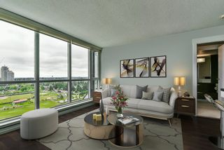 """Photo 6: 2202 10777 UNIVERSITY Drive in Surrey: Whalley Condo for sale in """"CITY POINT"""" (North Surrey)  : MLS®# R2564095"""
