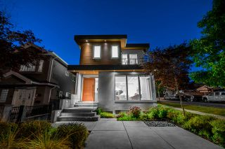 Photo 1: 297 E 46TH Avenue in Vancouver: Main House for sale (Vancouver East)  : MLS®# R2532125
