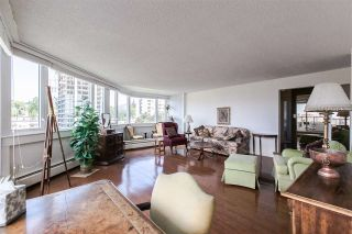 """Photo 3: 1101 31 ELLIOT Street in New Westminster: Downtown NW Condo for sale in """"ROYAL ALBERT TOWERS"""" : MLS®# R2068328"""