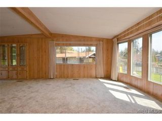 Photo 2: 522 Elizabeth Ann Dr in VICTORIA: Co Latoria House for sale (Colwood)  : MLS®# 602694