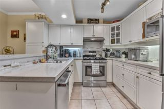 """Photo 4: 20 2979 PANORAMA Drive in Coquitlam: Westwood Plateau Townhouse for sale in """"DEERCREST"""" : MLS®# R2545272"""