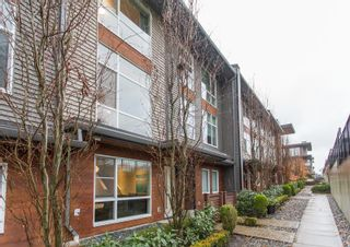 """Photo 3: 206 2228 162 Street in Surrey: Grandview Surrey Townhouse for sale in """"BREEZE"""" (South Surrey White Rock)  : MLS®# R2519926"""