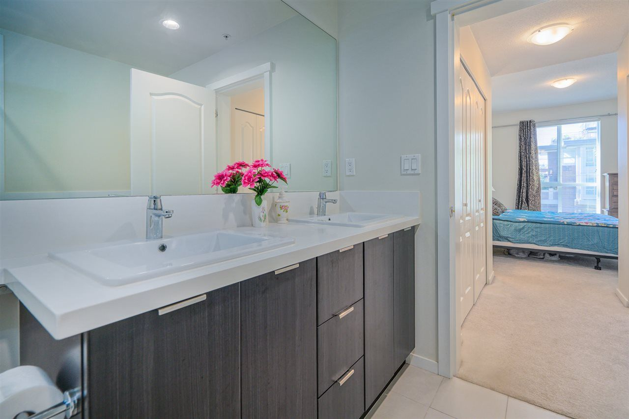 """Photo 17: Photos: 216 3107 WINDSOR Gate in Coquitlam: New Horizons Condo for sale in """"BRADLEY HOUSE"""" : MLS®# R2481599"""