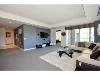 Photo 6: # 301 5838 BERTON AV in Vancouver: University VW Condo for sale (Vancouver West)  : MLS®# V1021508