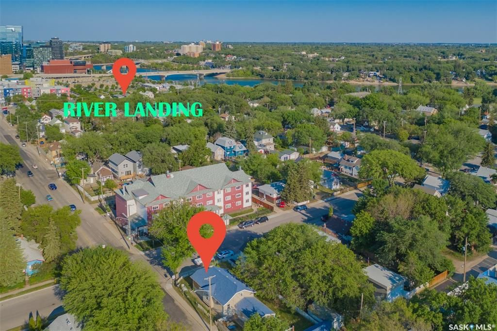 Main Photo: 401 F Avenue South in Saskatoon: Riversdale Residential for sale : MLS®# SK861238