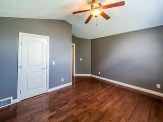 Photo 15: 529 24 Avenue NE in Calgary: Winston Heights/Mountview Semi Detached for sale : MLS®# A1021988