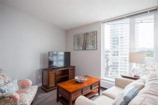 """Photo 6: 1607 488 SW MARINE Drive in Vancouver: Marpole Condo for sale in """"MARINE GATEWAY"""" (Vancouver West)  : MLS®# R2178755"""