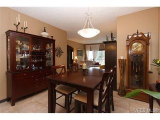 Photo 7: 569 Kingsview Ridge in VICTORIA: La Mill Hill House for sale (Langford)  : MLS®# 647158