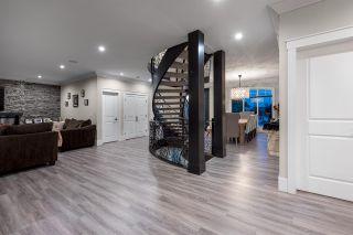 Photo 3: 813 QUADLING Avenue in Coquitlam: Coquitlam West House for sale : MLS®# R2509525