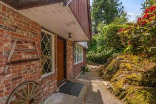 """Photo 2: 6490 MADRONA Crescent in West Vancouver: Horseshoe Bay WV House for sale in """"Horseshoe Bay"""" : MLS®# R2590722"""