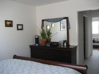 Photo 10: PACIFIC BEACH Townhome for sale : 2 bedrooms : 1648 Oliver # 3