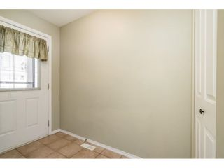 """Photo 11: 104 46451 MAPLE Avenue in Chilliwack: Chilliwack E Young-Yale Townhouse for sale in """"The Fairlane"""" : MLS®# R2623368"""