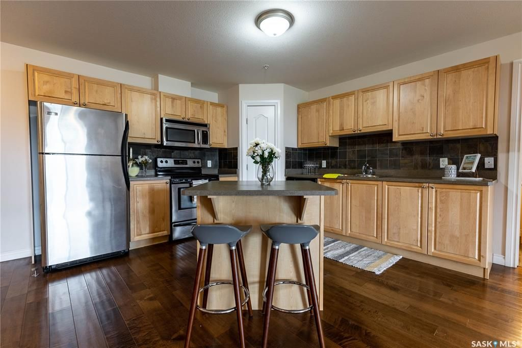 Main Photo: 310 100 1st Avenue North in Warman: Residential for sale : MLS®# SK868533