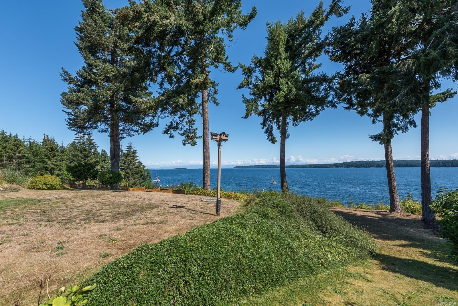 Photo 39: Photos: 5880 GARVIN Rd in : CV Union Bay/Fanny Bay House for sale (Comox Valley)  : MLS®# 853950