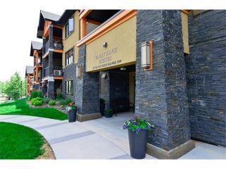 Photo 5: 207 103 VALLEY RIDGE Manor NW in Calgary: Valley Ridge Condo for sale : MLS®# C4098545