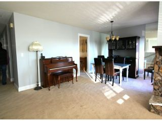 Photo 4: 2317 WAKEFIELD Drive in Langley: Willoughby Heights House for sale : MLS®# F1427526