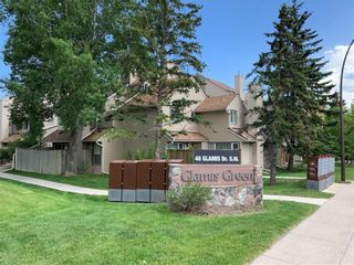 Main Photo: 225 33 Glamis Green SW in Calgary: Glamorgan Row/Townhouse for sale : MLS®# A1147174