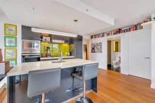 """Photo 11: 2306 777 RICHARDS Street in Vancouver: Downtown VW Condo for sale in """"TELUS GARDEN"""" (Vancouver West)  : MLS®# R2512538"""