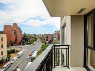 Photo 18: 704 751 Fairfield Rd in Victoria: Vi Downtown Condo for sale : MLS®# 885902