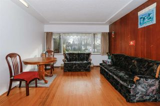 Photo 2: 2451 McGill Street in Vancouver: Hastings Sunrise House for sale (Vancouver East)  : MLS®# R2438285