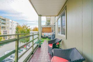 """Photo 19: 217 15735 CROYDON Drive in Surrey: Grandview Surrey Condo for sale in """"Morgan Crossing - The Main"""" (South Surrey White Rock)  : MLS®# R2620588"""