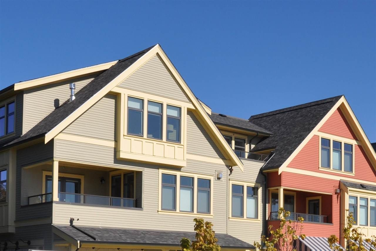 Main Photo: 201 11971 3rd Avenue in Richmond: Steveston Village Condo for sale : MLS®# R2211462