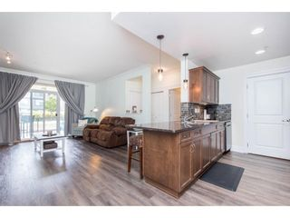 """Photo 6: 106 2068 SANDALWOOD Crescent in Abbotsford: Central Abbotsford Condo for sale in """"The Sterling"""" : MLS®# R2590932"""