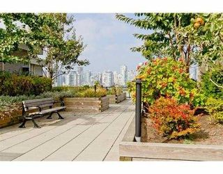 """Photo 9: 104 388 W 1ST Avenue in Vancouver: False Creek Condo for sale in """"THE EXCHANGE"""" (Vancouver West)  : MLS®# V979976"""