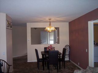 "Photo 5: 82 31406 UPPER MACLURE Road in Abbotsford: Abbotsford West Townhouse for sale in ""Ellwood Estates"" : MLS®# R2006325"