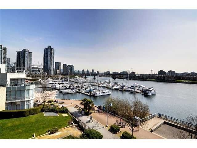 Main Photo: 507 1288 MARINASIDE Crest in Vancouver: Yaletown Condo for sale (Vancouver West)  : MLS®# V942487