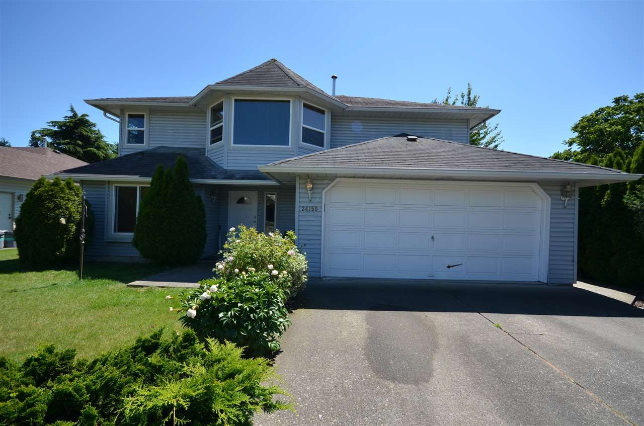 Main Photo: 34150 HIGGINSON Crescent in Abbotsford: Poplar House for sale : MLS®# R2083267