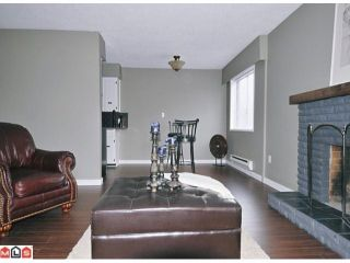 Photo 3: 102 2211 CLEARBROOK Road in Abbotsford: Abbotsford West Condo for sale : MLS®# F1118962