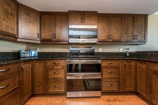 Photo 9: 2105 1128 QUEBEC STREET in Vancouver East: Home for sale : MLS®# R2215905