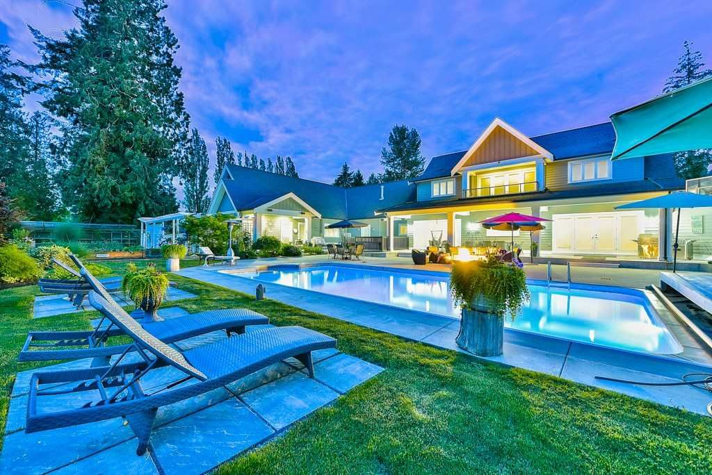 Photo 3: Photos: 20053 FERNRIDGE CRESCENT in Langley: Brookswood Langley House for sale : MLS®# R2530533