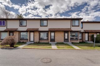 Photo 2: 3 2727 Rundleson Road NE in Calgary: Rundle Row/Townhouse for sale : MLS®# A1118033