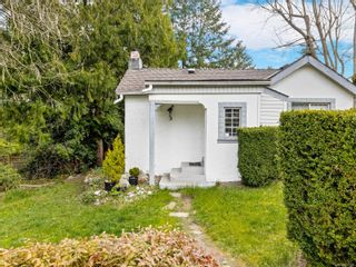 Photo 2: 663 Bowen Rd in : Na University District House for sale (Nanaimo)  : MLS®# 870820