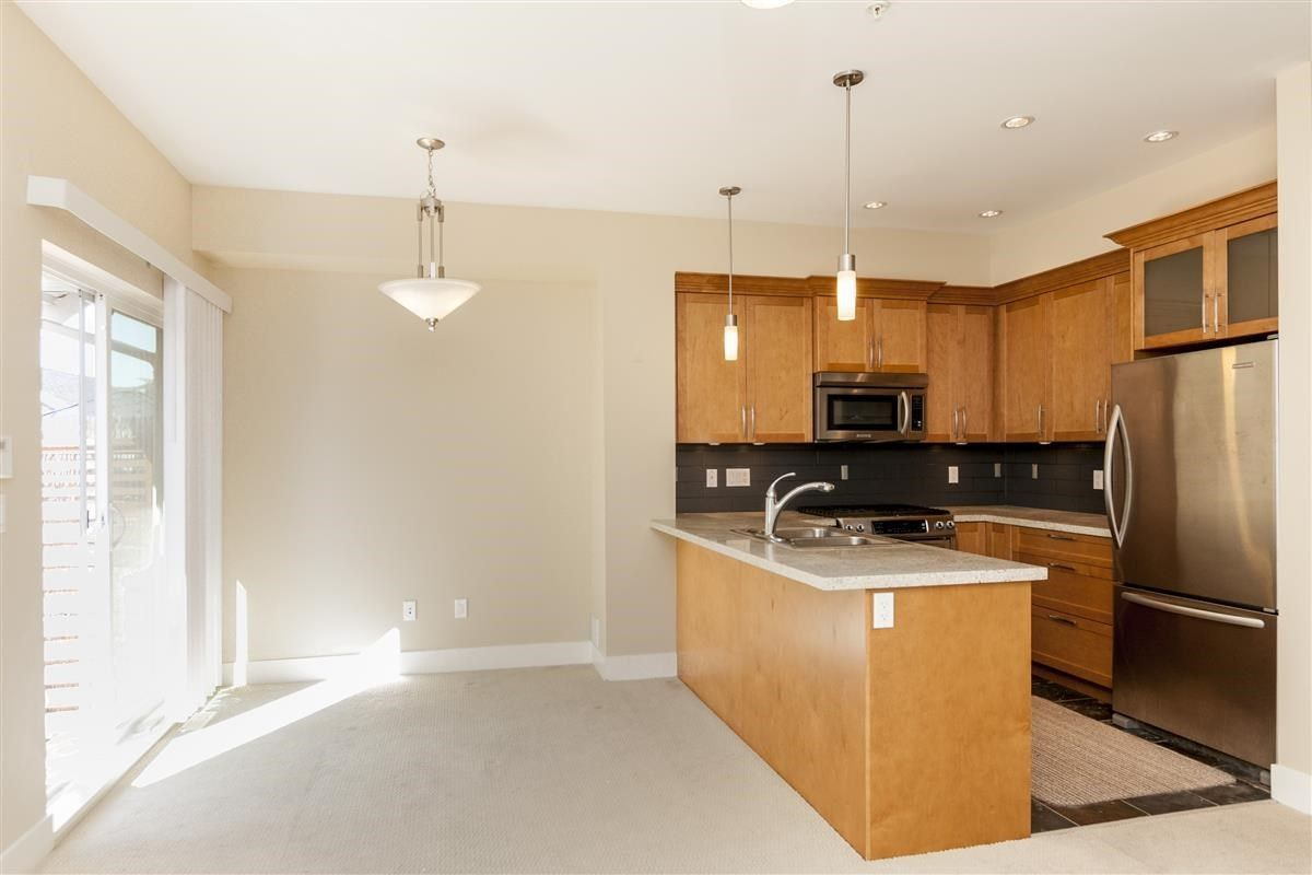 """Photo 5: Photos: 230 BROOKES Street in New Westminster: Queensborough Condo for sale in """"MARMALADE SKY"""" : MLS®# R2227359"""