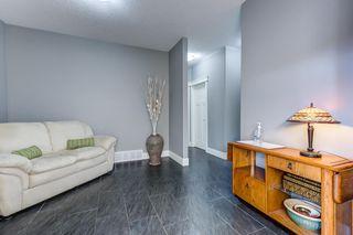 Photo 2: 16251 137 Street in Edmonton: Zone 27 House for sale : MLS®# E4242373