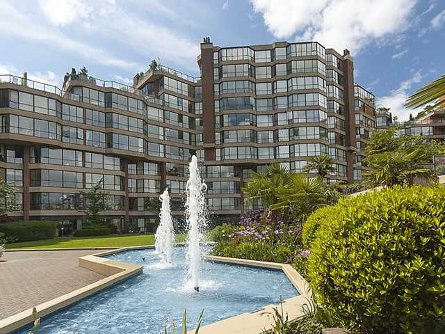 "Main Photo: 314 1490 PENNYFARTHING Drive in Vancouver: False Creek Condo for sale in ""HARBOUR COVE"" (Vancouver West)  : MLS®# V942645"